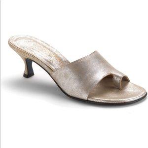 Donald J Pliner Valore Kitten Heel Sandal